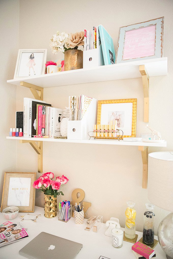 How to Make a Small Office Space Work from The Fashionista's Diary | thefashionistasdiary.com